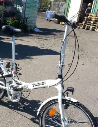 Kj�r mindre - f� sykkel