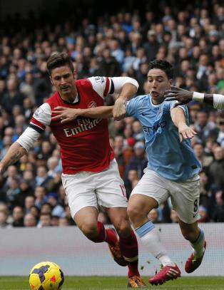 Tre Arsenal-spillere skal ha st�tt bak Nasri-vrakingen