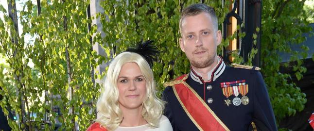 Se kjendisene kledd ut som norske helter