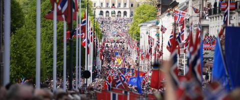 Uvanlig mye folk i Oslo p� nasjonaldagen