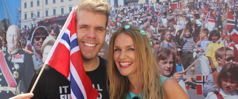 Sjekk hvem som dukket opp p� norsk 17. mai-fest i Hollywood