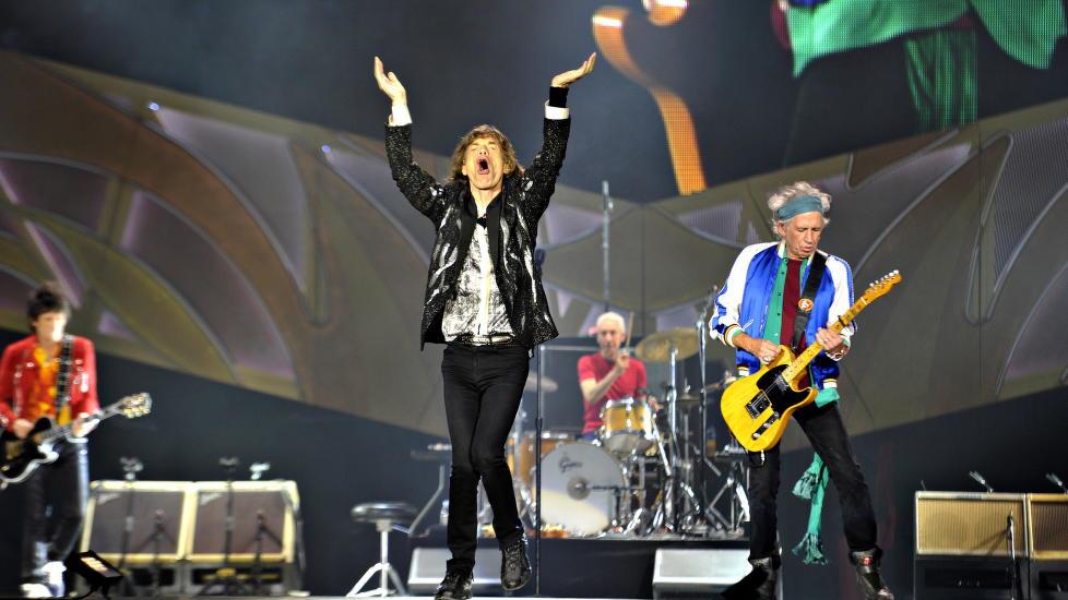 VITAL JAGGER: Konserten med The Rolling Stones ble utsolgt p� 13 minutter, og forventningene ble innfridd i stort monn hos et tent publikum i Telenor Arena mandag kveld. Fra venstre: Ron Wood, Mick Jagger, Charlie Watts og Keith Richards. Foto: Hans Arne Vedlog