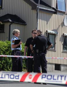 Mann i 30-�ra funnet d�d og blodig utenfor oppgang