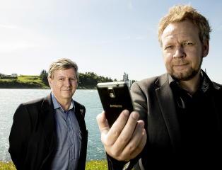 Slik spionerer de via din mobil