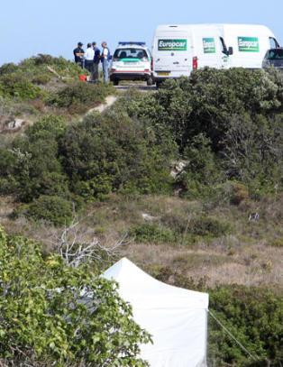 N� setter politiet opp telt for � grave etter �Maddie�