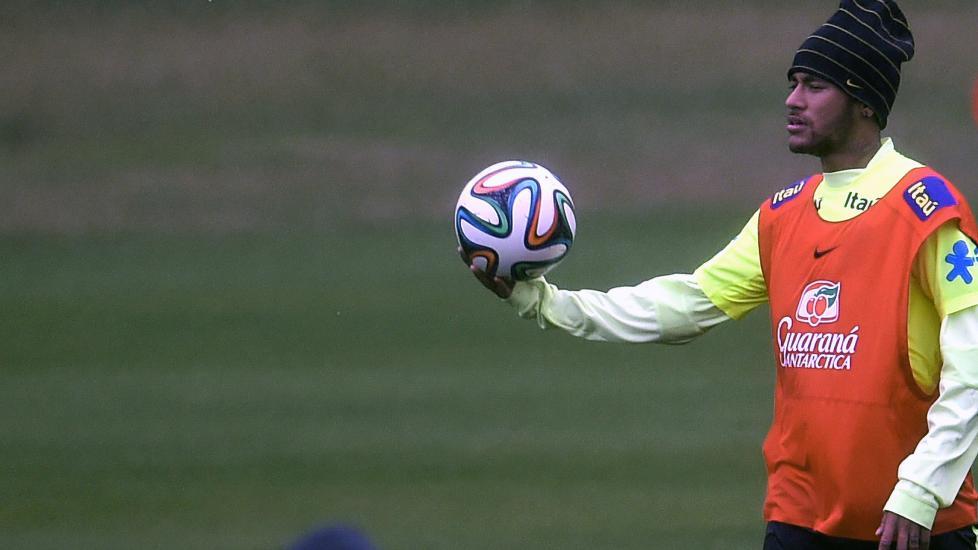 Neymar VM-debuterer i morgen.