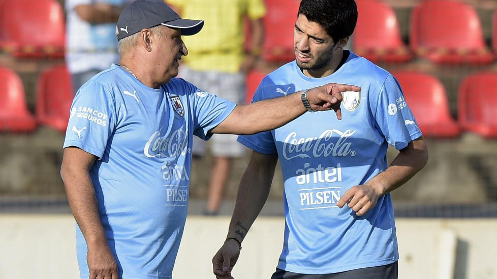 Suárez kan miste flere VM-kamper - sport - Dagbladet.no
