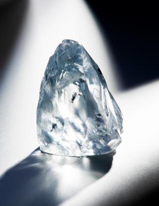Fant enorm, bl� diamant  i s�rafrikansk gruve
