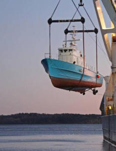 Reagerer p� at norske krigsskip havnet hos beryktet krigsherre