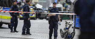 Mann p�grepet etter bombetrussel i Stockholm