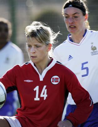 I 2005 gjorde hun livet surt for Norge. N� blir hun historisk