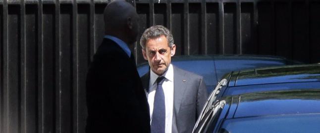 Sarkozy siktet og l�slatt: Kan f� ti �rs fengsel