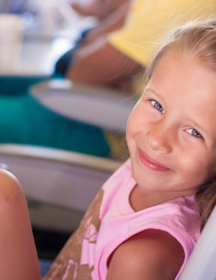 Hva gj�r du n�r du venter p� flyavgang og barnet ditt sier dette?