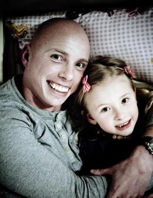 Overlevde den dødelige kreften for fjerde gang