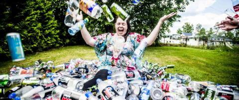 Finansierer ferien med flasker