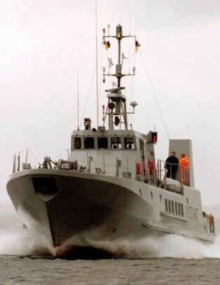 Solgte kystvaktskip til omstridt s�r-afrikansk v�peneksport�r