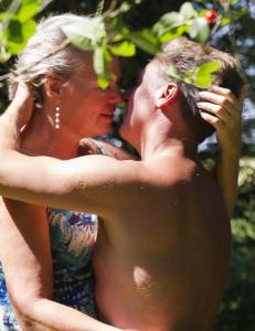 Anna (55) og Cliff (49) har helst sex utend�rs