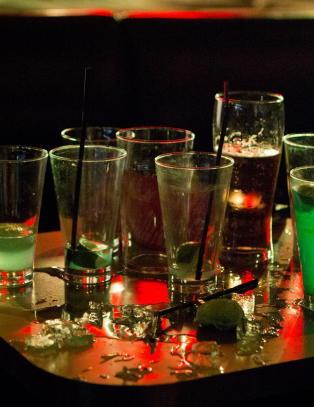 Foreldrenes drikkevaner kan �delegge barnas ferie