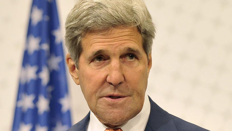 Den amerikanske utenriksministeren er ikke i tvil om raketten som skjøt ned Malaysia Airlines-flyet var russisk.