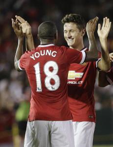 Manchester United vant 7-0 og herjet i Louis van Gaals debut