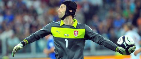 Barcelona ser p� Cech