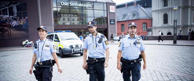 Anundsen sier ja til v�pning av politiet