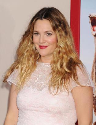 Drew Barrymores halvs�ster er d�d