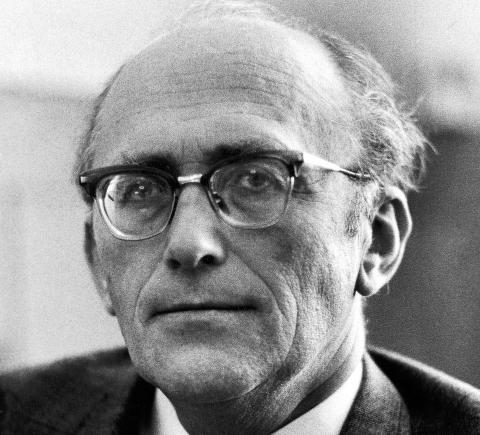 GIKK AV: Gunnar Bøe, her avbildet i 1967, fire år etter at han gikk  av som lønns- og prisminister. Foto: NTB-arkiv/ Scanpix. ca 1967.