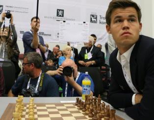 Carlsen klar for storturnering i USA