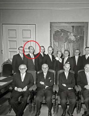 - Einar Gerhardsen hjalp statsr�dvenn ut av KGB-knipa