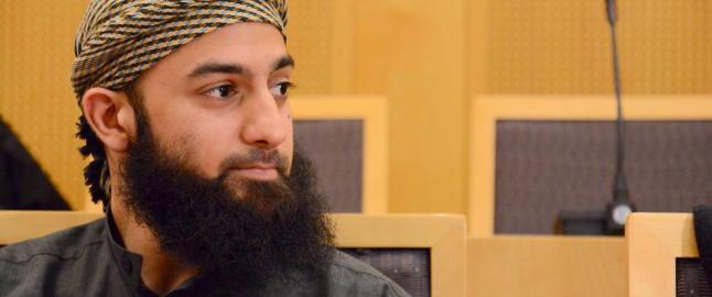 Ubaydullah Hussain m�tte slutte som bud etter at kundene klagde