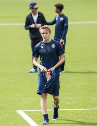 �degaard (15) innr�mmer: - Det blir mye om dagen