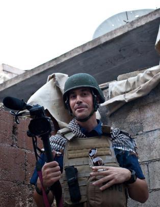 I 2011 satt han fanget 44 dager i Libya. I 2012 ble han kidnappet i Syria. N� er han henrettet av IS