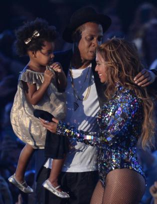 Blue Ivy (2) overrasket Beyoncé og sjarmerte alle
