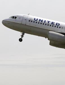 Fly m�tte n�dlande etter sete-krangel