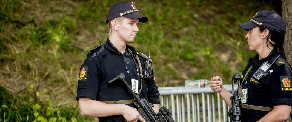 - Vi har hatt liknende terrortrusler som Norge hadde i sommer uten at vi sa fra