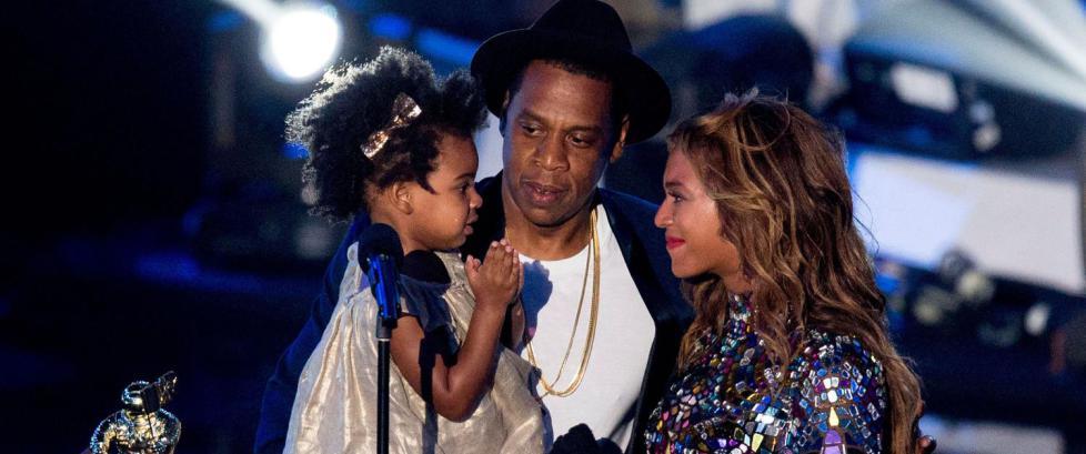 Jay-Z og Beyoncés to år gamle datter ble «mobbet» på direkten