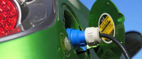 Facebook-diskusjonen g�r: Hvor finner jeg ladepunkt til elbilen min?