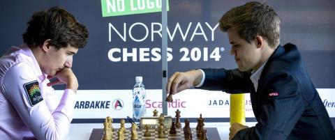 Karjakin tror Carlsen ombestemmer seg