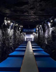 Denne historiske tunnelen leder ut til en tysk fotballbane