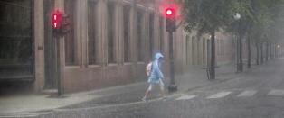 OBS-varsel om mye regn i dag. Smak av seinsommer til uka