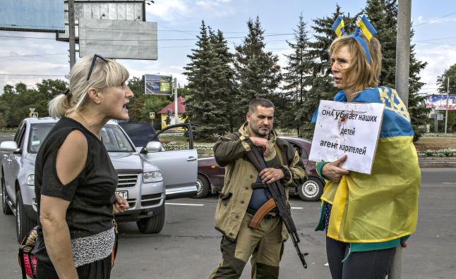 Ukrainske Irina ble bundet til lykte�stolpe og banket av pro-russere: - Bildet reddet livet mitt