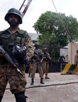 Oppr�rere stormet tv-stasjon i Pakistan