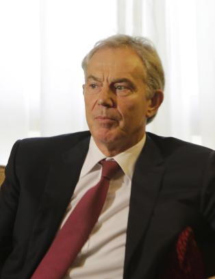 Raser mot GQ etter at Tony Blair ble tildelt filantropi-pris