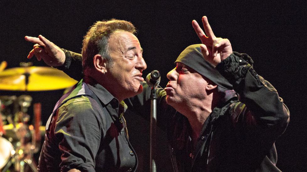 N� OGS� SKUESPILLERKOLLEGER:  Bruce Springsteen og Steven Van Zandt har spilt sammen i The E Street Band i en �rrekke. N� f�r Springsteen en gjesterolle i den norske tv-serien Lilyhammer, hvor Van Zandt har hovedrollen.  Foto: Lars Eivind Bones / Dagbladet