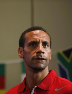 Rio Ferdinand ut mot gamleklubben: - Jeg kan ikke tro det. Det er galskap