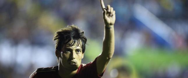 Spania lekte seg til seier. Fem spillere scoret