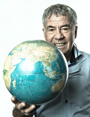 Verdens minste land med over en million innbyggere?
