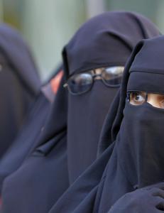 Hvorfor viser vi muslimer selv s� lite toleranse mot de medmennesker som vi krever s� mye toleranse fra?