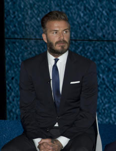 Beckham gir babyr�d til prins William
